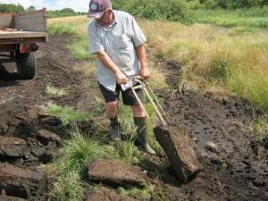 Thorkild Ottosen graver tørv