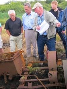 Tur til Magny og Thorkilds mose, Arne Asp fortæller om en tørvepresser
